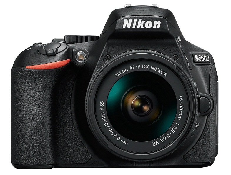 Nikon D5600 Plus AF-P 18-55 VR Kit (VBA500K001) Nikon