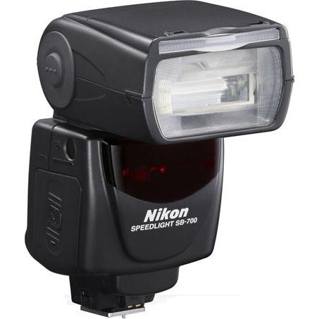 Вспышка Nikon SB-700 AF TTL